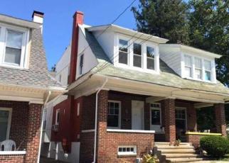 Casa en ejecución hipotecaria in Reading, PA, 19611,  CRESTMONT ST ID: 6292743