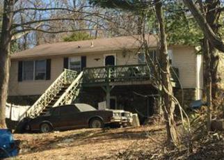 Casa en ejecución hipotecaria in Clarke Condado, VA ID: 6294945