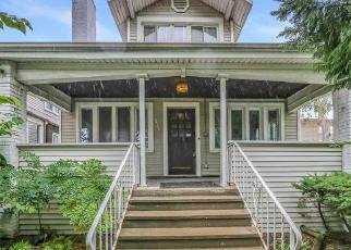 Casa en ejecución hipotecaria in Oak Park, IL, 60304,  S HUMPHREY AVE ID: 6295355