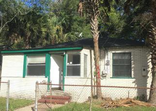 Casa en ejecución hipotecaria in Jacksonville, FL, 32209,  MCQUADE ST ID: 6296178