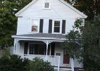 Casa en ejecución hipotecaria in Bangor, ME, 04401,  PINE ST ID: 6296841