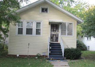 Casa en ejecución hipotecaria in Maywood, IL, 60153,  S 19TH AVE ID: 6297342