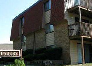 Casa en ejecución hipotecaria in East Greenwich, RI, 02818,  POST RD ID: 6297811
