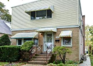 Foreclosure Home in Evanston, IL, 60201,  PITNER AVE ID: 6299194