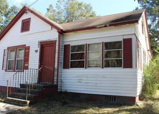 Foreclosure Home in Jacksonville, FL, 32208,  SUNSET DR ID: 6305389