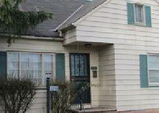 Casa en ejecución hipotecaria in Maple Heights, OH, 44137,  PHILIP AVE ID: 6305740