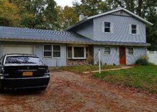 Casa en ejecución hipotecaria in Central Islip, NY, 11722,  MILFORD DR ID: 6305747