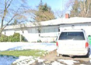Casa en ejecución hipotecaria in Newberg, OR, 97132,  GREEN VALLEY DR ID: 6305863