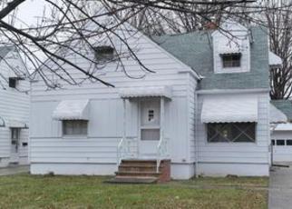 Casa en ejecución hipotecaria in Euclid, OH, 44132,  E 272ND ST ID: 6306429