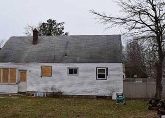 Casa en ejecución hipotecaria in Bay Shore, NY, 11706,  W LAKELAND ST ID: 6307299
