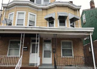 Casa en ejecución hipotecaria in Trenton, NJ, 08618,  EDGEWOOD AVE ID: 6307422