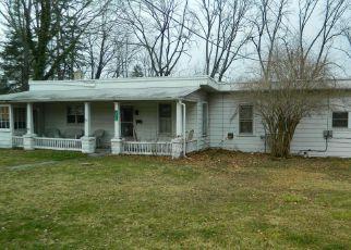 Casa en ejecución hipotecaria in Stroudsburg, PA, 18360,  POCONO PARK DR ID: 6308072