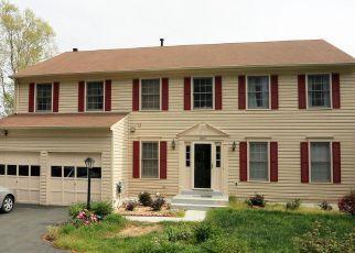 Foreclosure Home in Woodbridge, VA, 22193,  CHICKADEE CT ID: 6309525
