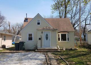 Casa en ejecución hipotecaria in Round Lake, IL, 60073,  CLIFTON DR ID: 6309843