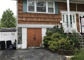 Casa en ejecución hipotecaria in Staten Island, NY, 10314,  VASSAR ST ID: 6310990