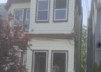 Casa en ejecución hipotecaria in Paterson, NJ, 07514,  E 23RD ST ID: 6311014