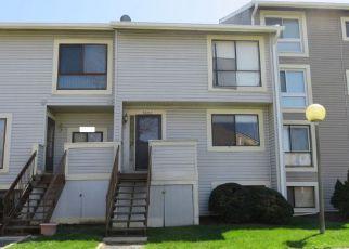 Casa en ejecución hipotecaria in Alexandria, VA, 22309,  VILLAGE GREEN DR ID: 6311145
