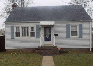 Casa en ejecución hipotecaria in Central Islip, NY, 11722,  STOREY AVE ID: 6311164