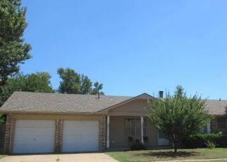 Casa en ejecución hipotecaria in Edmond, OK, 73003,  GAYCLIFEE TER ID: 6311794