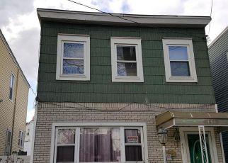 Casa en ejecución hipotecaria in Staten Island, NY, 10304,  VANDERBILT AVE ID: 6311811