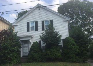 Casa en ejecución hipotecaria in Pawtucket, RI, 02860,  CAPITAL ST ID: 6312203