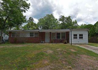 Casa en ejecución hipotecaria in Raleigh, NC, 27610,  BEVERLY DR ID: 6313014