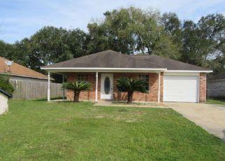 Casa en ejecución hipotecaria in Ocean Springs, MS, 39564,  PORPOISE DR ID: 6313034