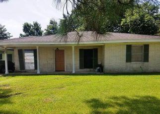 Casa en ejecución hipotecaria in Thibodaux, LA, 70301,  THOROUGHBRED PARK DR ID: 6313247