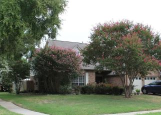 Casa en ejecución hipotecaria in Grand Prairie, TX, 75052,  CLAYTON ST ID: 6315663