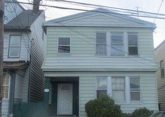 Casa en ejecución hipotecaria in Newark, NJ, 07112,  LESLIE ST ID: 6315689
