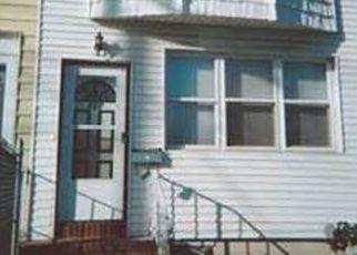 Casa en ejecución hipotecaria in Staten Island, NY, 10305,  W FINGERBOARD RD ID: 6316292