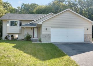 Casa en ejecución hipotecaria in Wyoming, MN, 55092,  GOLDFINCH AVE ID: 6317091