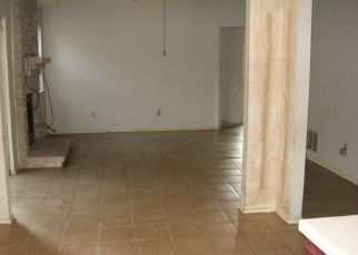 Foreclosure Home in San Antonio, TX, 78247,  KNOLLFOREST ID: 6317373
