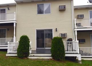 Casa en ejecución hipotecaria in Danbury, CT, 06810,  TRIANGLE ST ID: 6317581