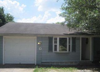 Casa en ejecución hipotecaria in Springfield, MO, 65802,  W LOMBARD ST ID: 6318008