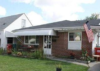 Casa en ejecución hipotecaria in Eastpointe, MI, 48021,  LAMBRECHT AVE ID: 6318388