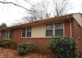 Casa en ejecución hipotecaria in Winston Salem, NC, 27105,  MYRA ST ID: 6318960