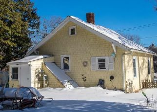 Casa en ejecución hipotecaria in Worcester, MA, 01604,  LAKE AVE ID: 6319191