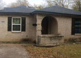 Casa en ejecución hipotecaria in Fort Worth, TX, 76110,  TODD AVE ID: 6319281