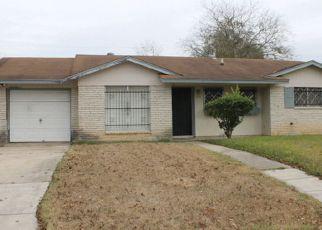 Casa en ejecución hipotecaria in San Antonio, TX, 78220,  LONE OAK AVE ID: 6319539