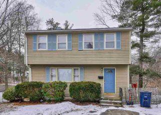 Casa en ejecución hipotecaria in Nashua, NH, 03060,  FOSSA AVE ID: 6319635