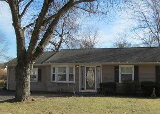 Casa en ejecución hipotecaria in Danbury, CT, 06810,  HICKORY ST ID: 6320225