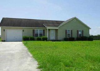 Casa en ejecución hipotecaria in Richlands, NC, 28574,  ANNIE RD ID: 6321050