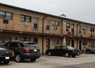 Casa en ejecución hipotecaria in Melrose Park, IL, 60164,  KING ARTHUR CT ID: 6321553