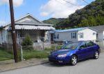 Foreclosed Home en E 4TH ST, Belle, WV - 25015