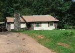 Foreclosed Home en N LAKE DR, Lagrange, GA - 30240