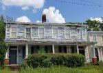 Foreclosed Home en GUARANTEE ST, Petersburg, VA - 23803