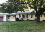 Foreclosed Home en PARKY DR, Enfield, CT - 06082