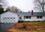 Foreclosed Home en HACKMATACK ST, Manchester, CT - 06040