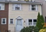 Foreclosed Home in E GATE LN, Hamden, CT - 06514